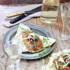 Strömming på tunnbröd med pepparrot Tacos, Mexican, Ethnic Recipes, Food, Meals, Yemek, Eten