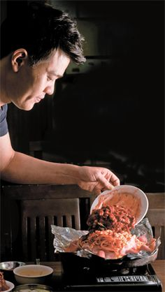 [맛대맛 라이벌] (14) 낙지 - 서민과 함께한 매운 맛