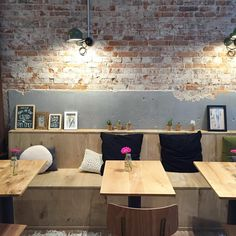 Another great new hotspot in Haarlem @yoghurtbarn