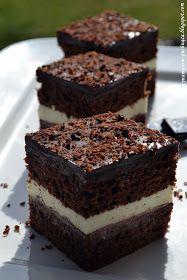 Kawa cynamonem pachnąca: CIASTO KOSTKA FERRERO Polish Recipes, Polish Food, Tiramisu, Cheesecake, Deserts, Birthday Cake, Sweets, Candy, Baking