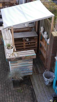 Beachbar from pallets made by Mijoqui