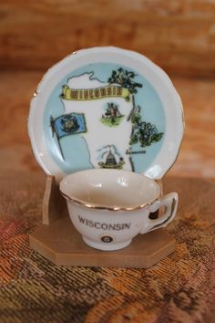 Hey, I found this really awesome Etsy listing at https://www.etsy.com/listing/173787967/vntg-wisconsin-souvenir-miniature-cup
