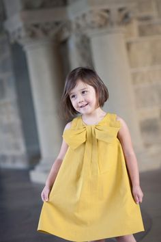 Big Bow Dress pattern to purchase Little Girl Dresses, Girls Dresses, Flower Girl Dresses, Pageant Dresses, Flower Girls, Party Dresses, Sewing Kids Clothes, Sewing For Kids, Dress Tutorials
