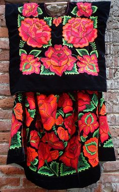 Vintage Tehuana Huipil Blouse & Dress por NATIVEARTSUNLIMITED