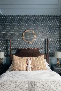 Decor Interior Design, Room Interior, Interior Ideas, Frozen Room, Real Life Princesses, Princess Room, Little Girl Rooms, Classic House, Girls Bedroom