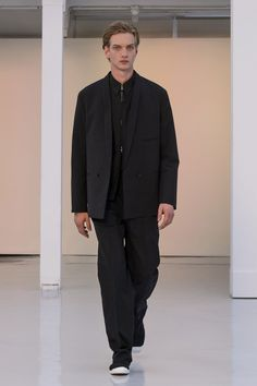 Christophe Lemaire SpringSummer 2016 Collection - Paris Fashion Week - DerriusPierreCom (19)