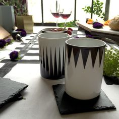 We've got the secret to shaping up your dinner table. This geometric cup will bring your table setting game to the next level.