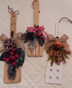 Christmas Arrangements, Christmas Wreaths, Holiday Decor, Home Decor, Xmas, Decoration Home, Room Decor, Advent Wreaths, Interior Decorating