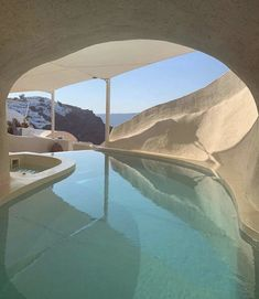 decor ideas-luxe-interior design-home-decor-living We love winter but we would give up all the snow in the world to dive into the Santorini pool. If you need us well be obsessing over those views Where are you dreaming about today? The Places Youll Go, Places To Go, Voyager Loin, Villa, Indoor Swimming Pools, Travel Aesthetic, My New Room, Land Scape, Future House
