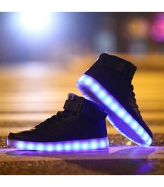 24XOmx55S99 Wings Led Light Up Shoes Flashing Sneakers Rechargeable Sneakers for Kids Boys Girls