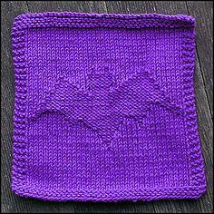 Ravelry: Batty Dishcloth pattern by Dee Frey Knitting Squares, Dishcloth Knitting Patterns, Knit Dishcloth, Loom Knitting, Knitting Stitches, Free Knitting, Crochet Patterns, Knitting Needles, Halloween Knitting Patterns