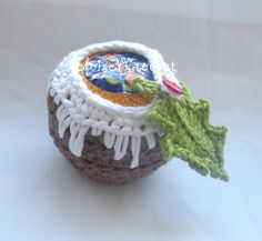 Crochet Pattern Christmas pudding Apple or by HeloiseVCrochet