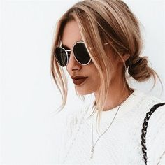 Hair is an important material primarily composed of protein, notably keratin. Hair care is your hair type. Your hair goals. Your favorite hair color Here you find all the possible methods to have perfect hair. Hair Day, New Hair, Your Hair, Weekend Hair, Second Day Hair, Back To School Hairstyles, Cool Hairstyles, Winter Hairstyles, Middle Part Hairstyles