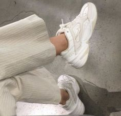 Slingback Chanel, Espadrilles Chanel, Chanel Sneakers, Sock Shoes, Cute Shoes, Me Too Shoes, Beige Outfit, Zara Outfit, Sneakers Mode