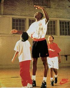 Basketball Court, Nike Air, Sports, Hs Sports, Sport