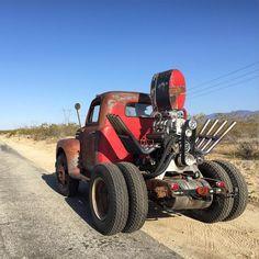 Killer Rat Rods, Hot Rods and Pinups Rat Rod Trucks, Rat Rod Cars, Cool Trucks, Big Trucks, Chevy Trucks, Cool Cars, Pickup Trucks, Rat Rod Pickup, Truck Mods