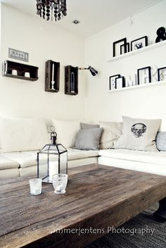 Want a table like this for my kitchen! (not coffee table height tho!) ; )
