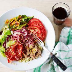 Italialaisen kulhon kanssa sopii juomaksi mutkaton ja kevyen raikas italialainen punaviini.