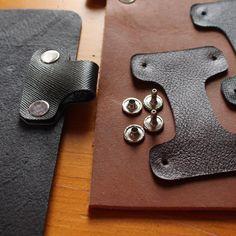 leather-pen-loop