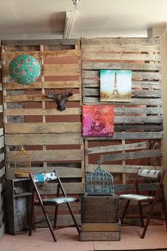 upcycle folding chairs & wooden pallets. then add cute decor, like pictures and vintinge items