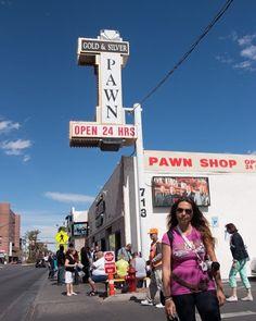 Conocéis este lugar? Sí! La famosa tienda de empeños de Rick en Las Vegas en la parte no turística de Las Vegas aunque llena de turistas! Jeje un lugar curioso de visitar si viajas a la cuidad del pecado! #pawnstars #lasvegas #usa #america by vir_365sabados