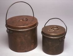 Covered copper kettles were first developed by the French; the Hudson's Bay Company began selling them in 1779 and continued selling them until after World War I. MUS OF FUR TRADE