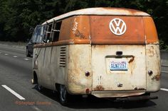 Old - vw - van - backside ☮ re-pinned by https://www.pinterest.com/samlee561/