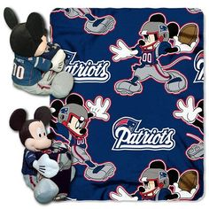 Disney New England Patriots Mickey And Cheerleader Minnie  NFL Cotton Fabric