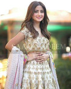 Sajal Aly on Iqra Aziz And Yasir Hussain Wedding Ceremony Dress Indian Style, Indian Dresses, Indian Outfits, Shadi Dresses, Pakistani Models, Pakistani Actress, Pakistani Girl, Sajal Ali Wedding, Mommy Daughter Dresses