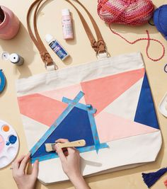 How To Make a Painted Canvas Tote Bag 2019 How To Make a Painted Canvas Tote Bag The post How To Make a Painted Canvas Tote Bag 2019 appeared first on Bag Diy. Painted Canvas Bags, Canvas Tote Bags, Canvas Totes, Printed Tote Bags, Diy Cadeau, Diy Tote Bag, Tote Bag Crafts, Diy Accessoires, Custom Tote Bags