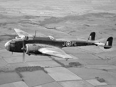 Handley-Page Hampden Medium RAF bomber Aircraft Parts, Ww2 Aircraft, Military Aircraft, Air Force Bomber, Air Force Aircraft, Aviation Image, Ww2 Planes, Vintage Airplanes, Battle Of Britain