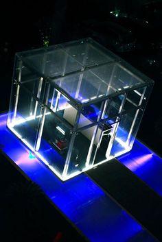 Reception in cristallo  A #SaintTropez #Hotel #reception #vetro #glass #architecture #design @sabrinafattori1 http://ift.tt/1RwaBu0