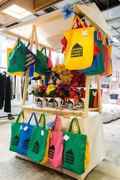Craft & Market Stall Display www.industryevent Connecting stallholders event managers and suppliers. The post Craft & Market Stall Display www.industryevent Connecting stallholders ev appeared first on street. Market Stall Display, Bag Display, Market Stalls, Display Ideas, Zero Waste Shop, Stand Feria, Happy 10th Birthday, Pop Up Market, Market Bag