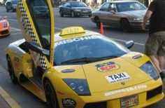 Want to impress your friends while getting there fast? Then hire the Lamborghini taxi, they are more popular than you think. Plus, the garish yellow taxi color is one of the Lamborghini most traditional colors. Fancy Cars, Cool Cars, Car Photos, Car Pictures, Crazy Taxi, Yellow Car, Car Humor, Videos Funny, Lamborghini