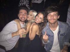 Louis, Danielle, Lottie and Tommy at 1Oak last month (via @1Dfau_au)
