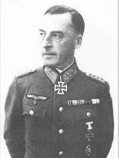 ✠ Franz Karl (1 January 1888 – 18 March 1964) RK 05.08.1940 Generalleutnant Kdr 263. Inf.Div