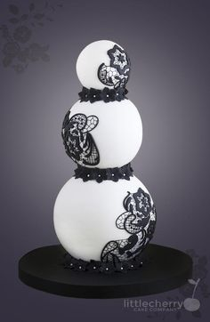 Black and White Sphere Cake - Cake by Little Cherry