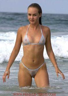 Bildergebnis für beach beauties with tiny bikinis and topless
