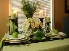 I loved this color combo on table decorations