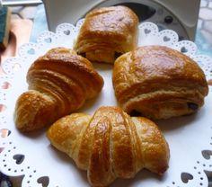 petits pains chocolat et croissants - Elleisab,le blog d'une momoflinguée