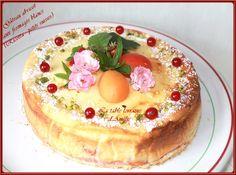 GÂTEAU AUX FROMAGES BLANCS (RICOTTA, PETITS SUISSES) ET ABRICOTS   Un dessert aux fromages blancs (Ricotta et petits suisses), recette e...