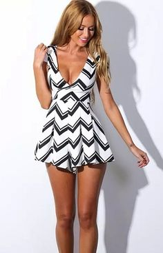 Fashion Ladies Women Sexy V-Neck Short Sleeve Splicing Color Striped Slim Short Jumpsuit_JUMPSUITS & ROMPER_CLOTHING_The Latest Trends & Fashion Clothing For Women Online Store-www.dressin.com