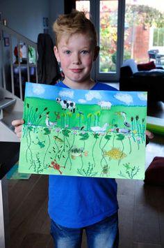 PetraHeezen | Zoon trots op zijn eerste tekenopdracht. Teken een berm en sloot.