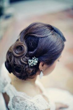 Gorgeous bridal hair. Romantic updo