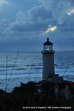 North Head Lighthouse stands near the mouth of the Columbia River in Washington, US