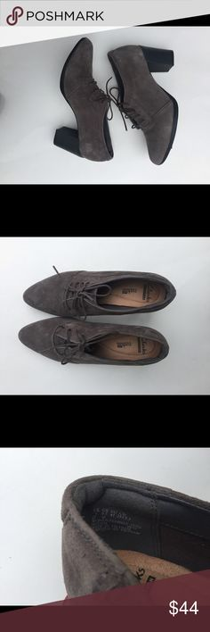 Clarks Women Shoes Women Clarks  Cushion Fit Suede Lace Up Shoes. Size 9.5 Color Gray Great preowned condition, 8/10,worn 2 or 3 times. From casual to cocktails and drinks look. Clarks Shoes Heels