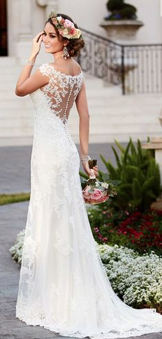 Hot Wedding Gown Trend -- Beautiful Backs.  Check out the eye-catching glamorous back on this elegant Stella York gown.    Come see the amazing My Little Bridal Boutique collection and select the gown perfect for you.    www.mylittlebridalboutique.com & www.mylittleflowershop.com ‪#‎mylittlebridalboutique‬ ‪#‎mylittleflowershop‬ ‪#‎weddinggowns‬ ‪#‎palmspringsweddings‬ ‪#‎stellayork #beautifulbacks #weddinggowntrends ‬ ‪#‎weddingwarriors‬