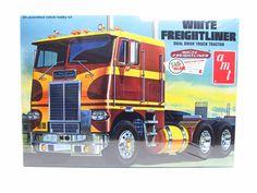White Freightliner Dual Drive Truck Tractor AMT #620 1/25 New Model Ki – Shore Line Hobby