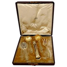 HENIN French All Sterling Silver Vermeil 18K Dessert Hors D'œuvre Set 5 pc Box | From a unique collection of antique and modern sterling silver at https://www.1stdibs.com/furniture/dining-entertaining/sterling-silver/