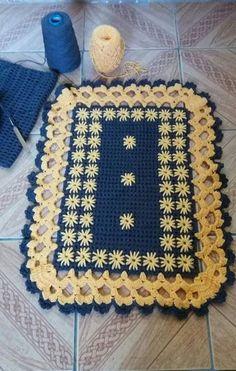 Coisa linda - Salvabrani Pink Baby Blanket, Baby Blanket Crochet, Crochet Baby, Free Crochet, Crochet Butterfly, Crochet Flower Patterns, Crochet Flowers, Crochet Stocking, Crochet Table Runner
